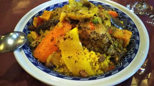 モロッコ タジンや(飯田橋)チキン 野菜 クスクス�@202002.jpg