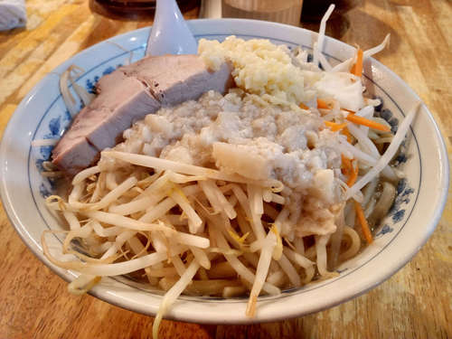 大勝軒 飯田橋(飯田橋)豚麺 子豚(肉1)�@202109.jpg
