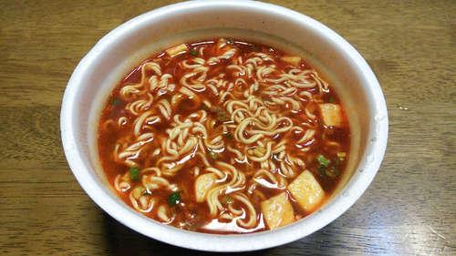 赤から麻婆風ラーメン(カップ麺)201811�A.jpg