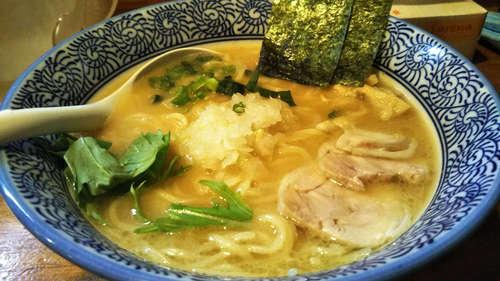 麺屋 一楽(飯田橋)濃厚鶏骨醤油らーめん�@202003.jpg