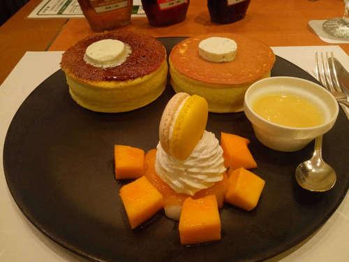 SATSUKI(永田町/ニューオータニ)マンゴーパンケーキ�@202107.jpg